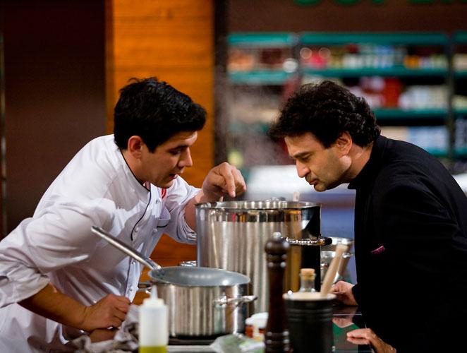 De c mo la cocina se convirti en el plato caliente de la for Programas de cocina en espana